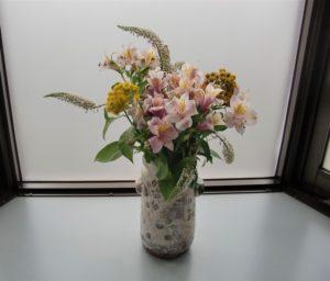 患者さんのお宅の庭で咲いた季節の花々
